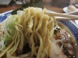 八ちゃん 中華ソバ小 麺