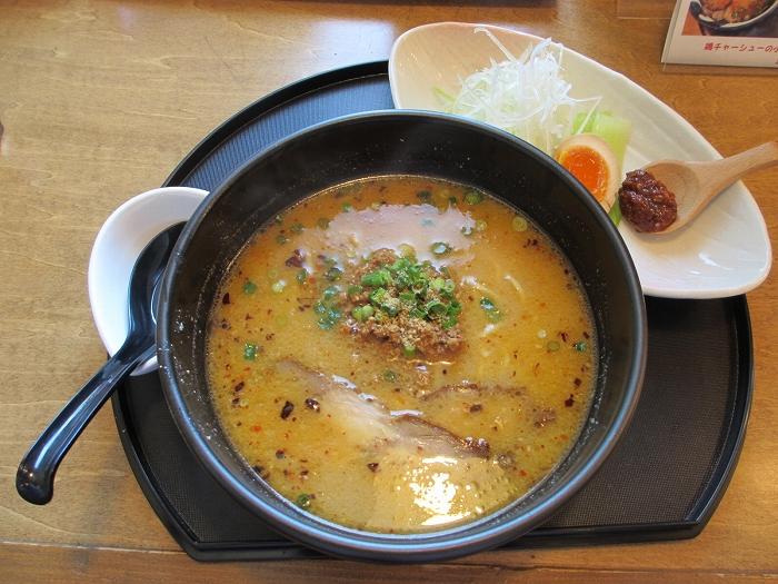 繁屋 特選鶏ソバ味噌