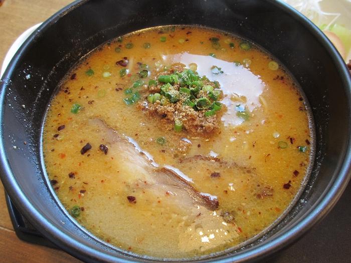 繁屋 特選鶏ソバ味噌 (2)