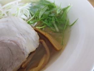 泰紋 鶏節ラーメン塩 具 (2)