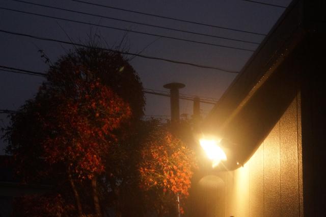 笠松さんの街路灯と東洋アルチタイトさんの陣笠煙突とホクアイさんの煙突