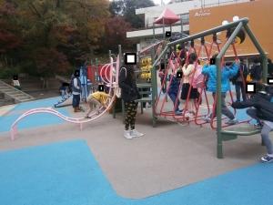岡崎東公園動物園アニモ前遊具1