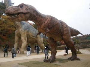 岡崎東公園動物園ティラノ