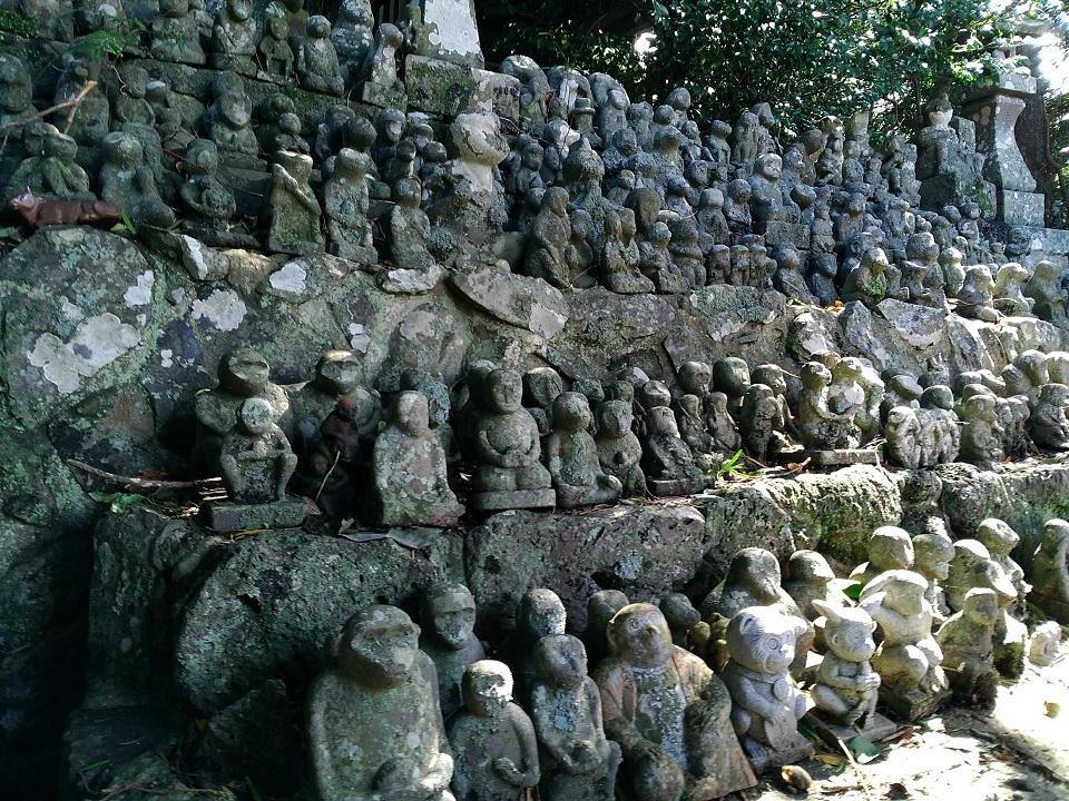 男嶽神社猿の像