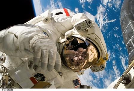 無重力の、人体に対する影響は?