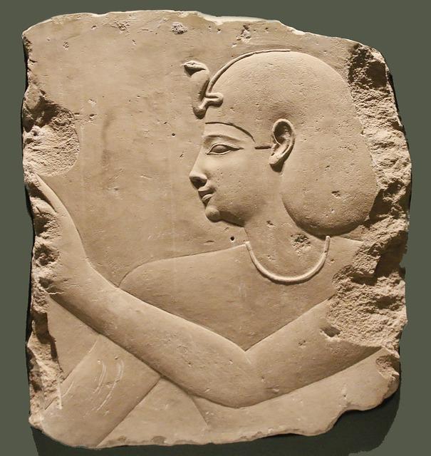 古代エジプトでは、パンがステイタスシンボルだった?