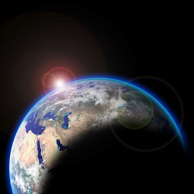 地球の公転速度は?-時速約10万7280km