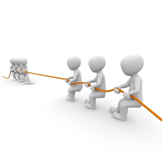 「リンゲルマン効果」とは?-綱引きで参加人数が増えるほど1人1人の出す力が減る現象