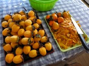初めての吊るし柿作り~\(^o^)/ご近所さんからうれしい渋柿をたくさん頂きました♪2015.10.27