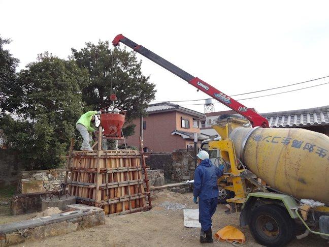 銅像の台座 基礎コンクリート打設