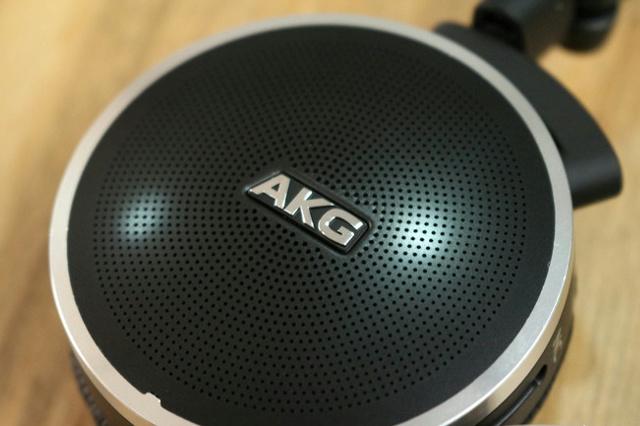 AKG_N60NC_05.jpg