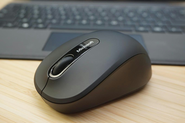 Bluetooth_Mobile_Mouse_3600_02.jpg