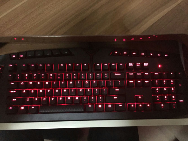 Lenovo_Y_Gaming_Mechanical_Keyboard_10.jpg