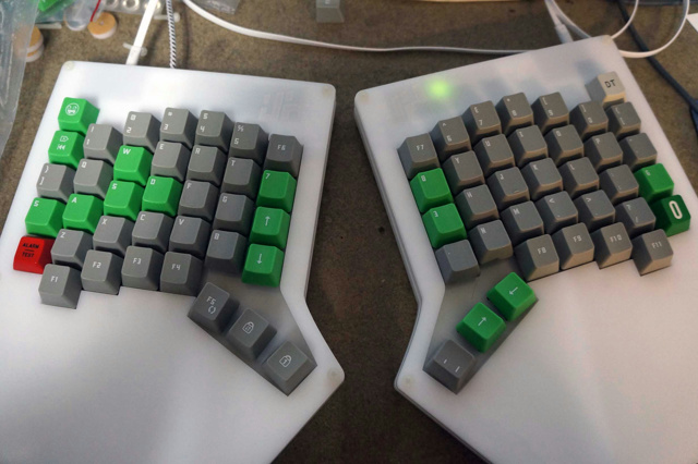 Mechanical_Keyboard60_40.jpg