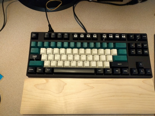 Mechanical_Keyboard66_50.jpg