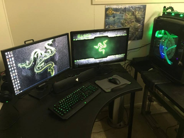 PC-Desk_Razer10_47.jpg