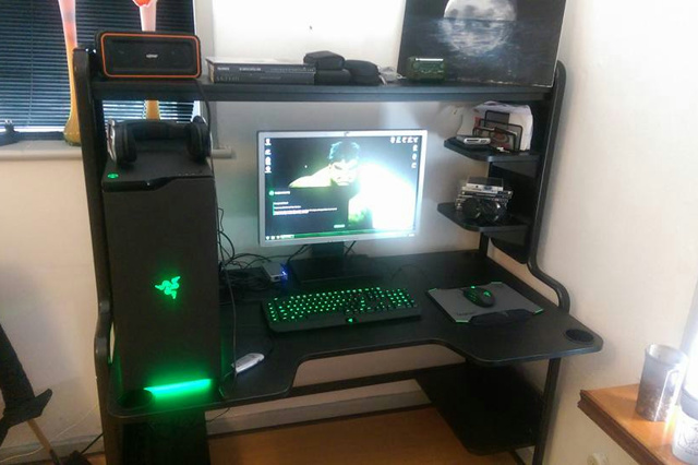 PC-Desk_Razer10_75.jpg