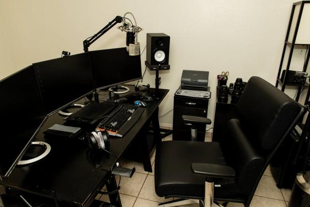 PC_Desk_MultiDisplay59_15.jpg