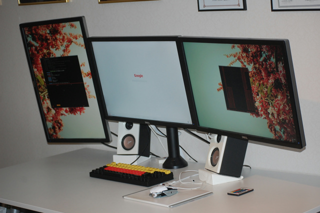 PC_Desk_MultiDisplay59_28.jpg