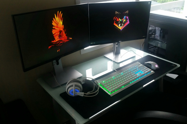 PC_Desk_MultiDisplay59_31.jpg