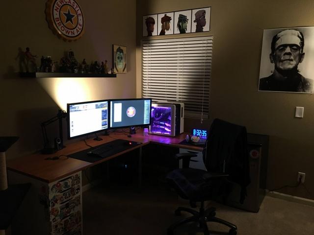 PC_Desk_MultiDisplay59_37.jpg