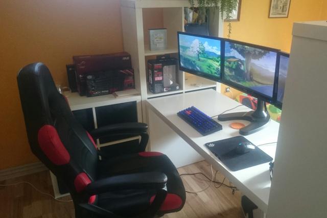 PC_Desk_MultiDisplay59_67.jpg