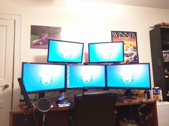 PC_Desk_MultiDisplay59_71.jpg