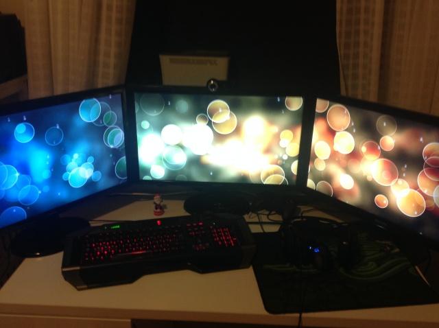 PC_Desk_MultiDisplay60_05.jpg