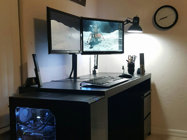 PC_Desk_MultiDisplay60_22.jpg