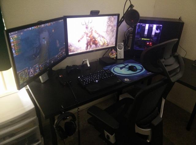 PC_Desk_MultiDisplay60_46.jpg