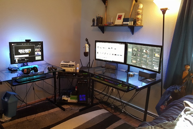 PC_Desk_MultiDisplay60_54.jpg