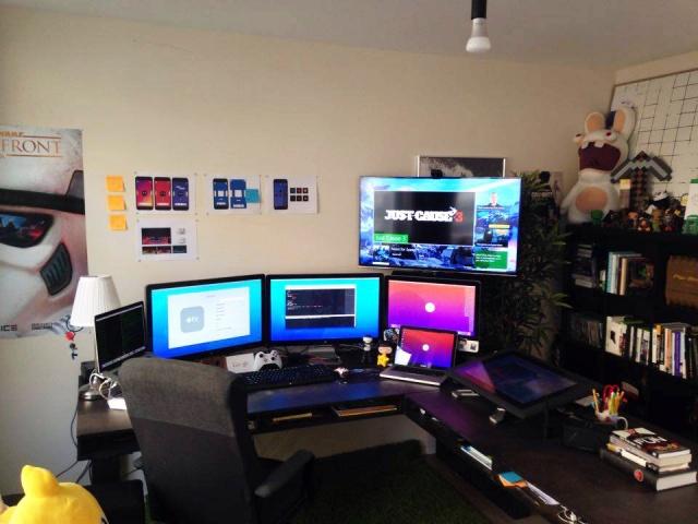 PC_Desk_MultiDisplay60_81.jpg