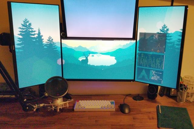 PC_Desk_MultiDisplay60_86.jpg