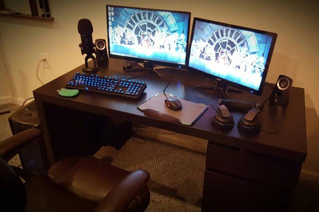 PC_Desk_MultiDisplay62_11.jpg