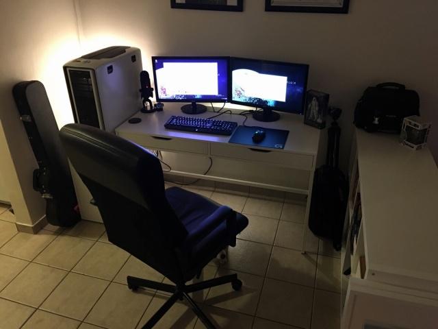 PC_Desk_MultiDisplay62_31.jpg