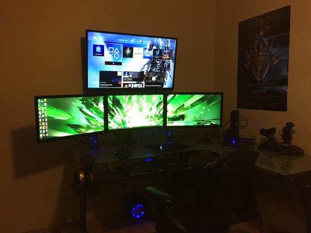 PC_Desk_MultiDisplay62_37.jpg