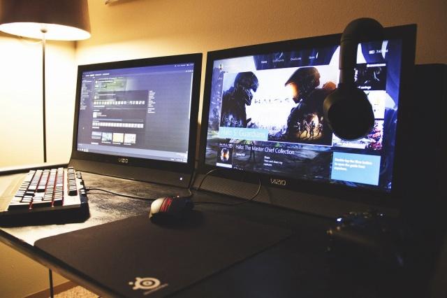 PC_Desk_MultiDisplay62_40.jpg