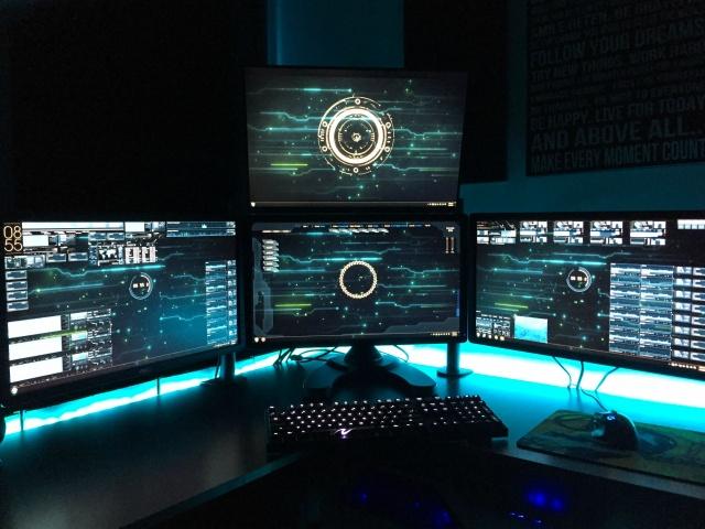 PC_Desk_MultiDisplay62_71.jpg