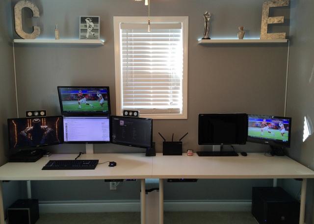 PC_Desk_MultiDisplay62_95.jpg