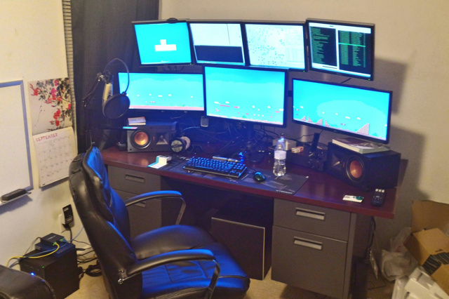 PC_Desk_UltlaWideMonitor07_18.jpg