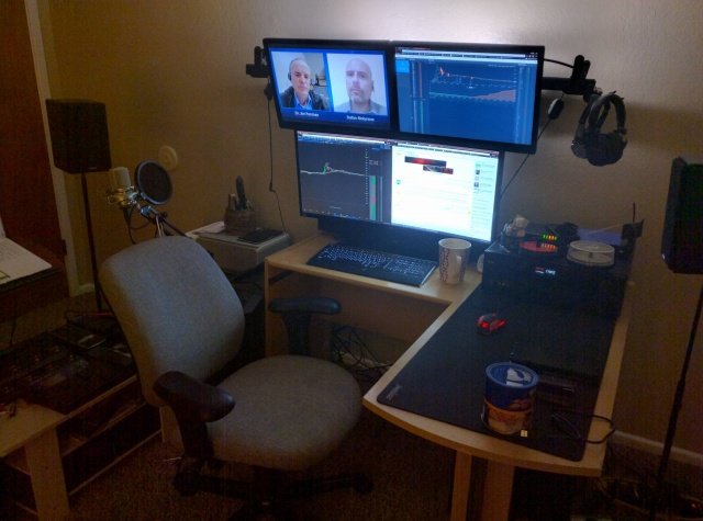 PC_Desk_UltlaWideMonitor08_38.jpg