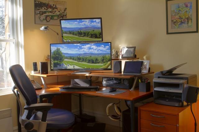 PC_Desk_UltlaWideMonitor08_85.jpg