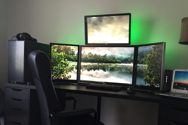 PCdesk_MultiDisplay56_24.jpg