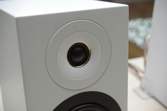 Sony_CAS-1_05.jpg
