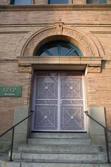 blog 58W Bakersfield, 1894 Kern County Land Company's Office Building, CA_DSC0126-12.2.09.(2).jpg