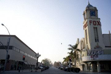 blog 58W Bakersfield, Fox Theater, CA_DSC0121-12.2.09.(2).jpg