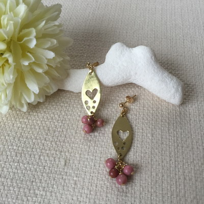 metalsmith earrings heart